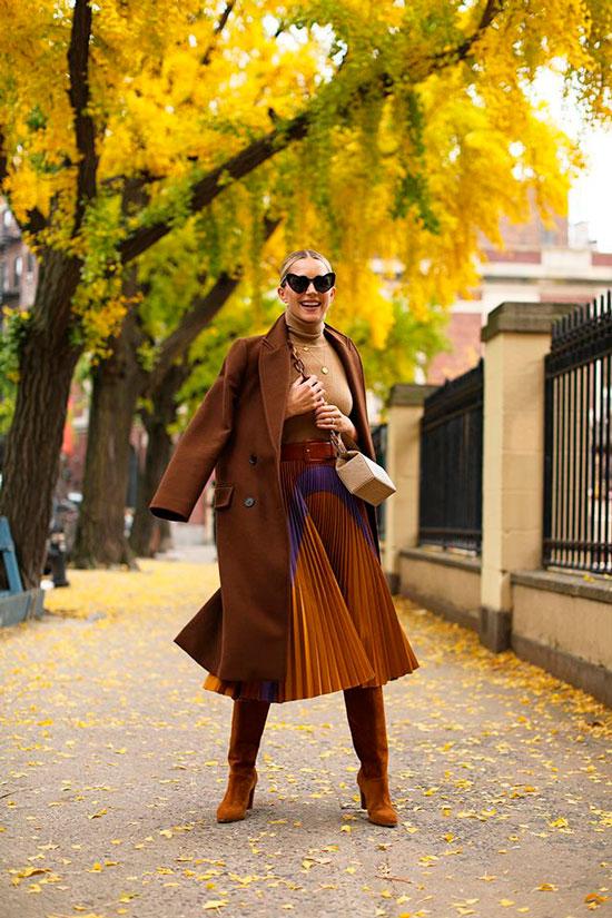 Как сочетать юбку с сапогами