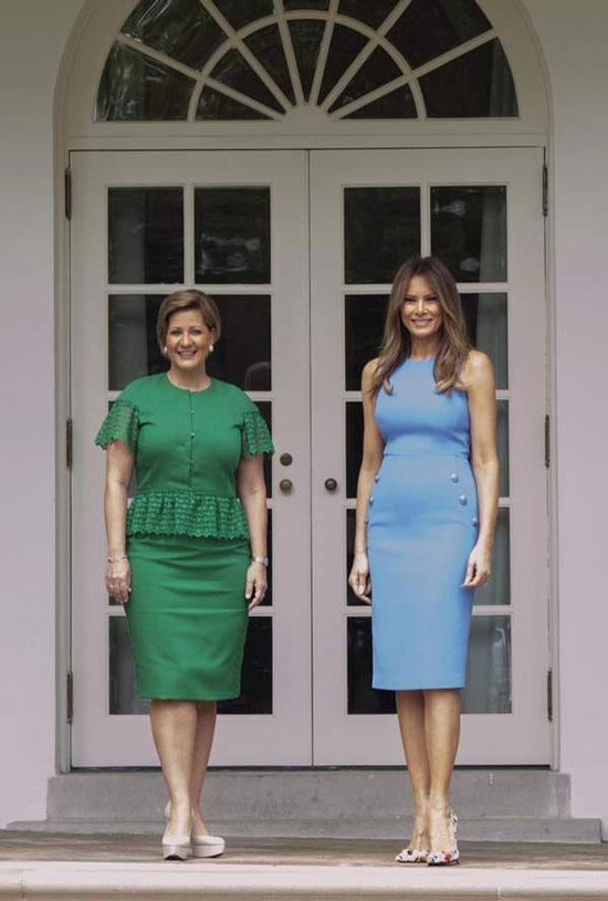 Королева Летисия в платье как у Мелании Трамп