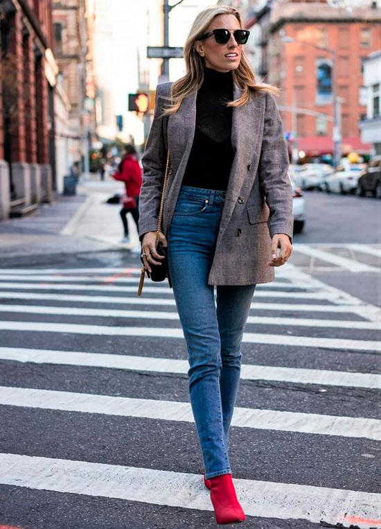 С чем носить джинсы осенью 2020