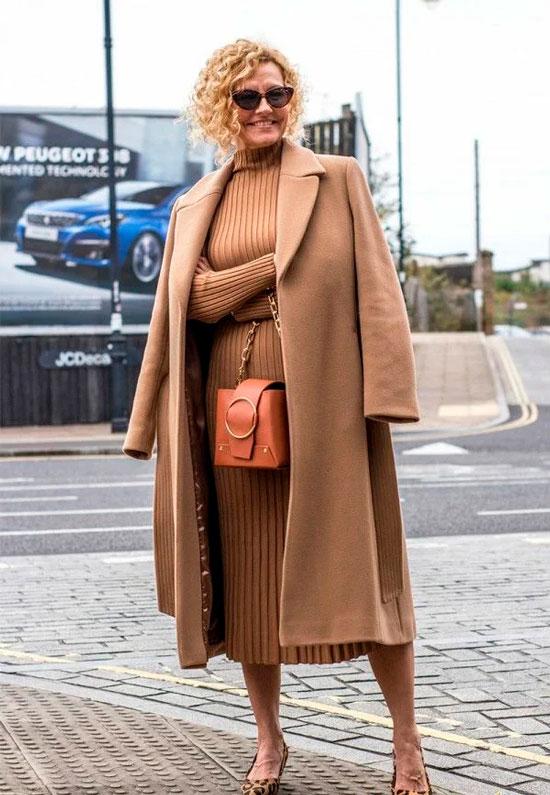 Теплое платье на осень 2020 для женщины 50 лет