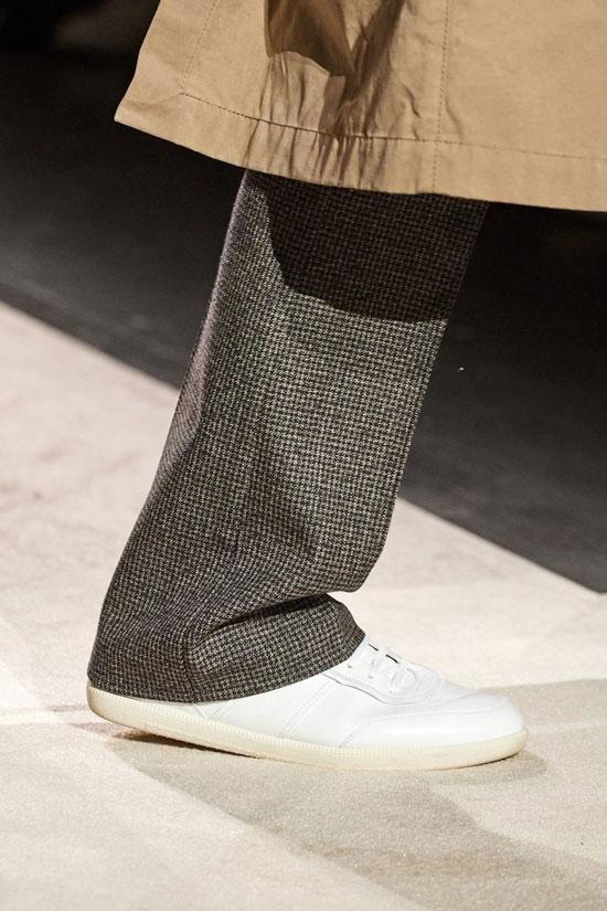Базовые кроссовки на осень 2020