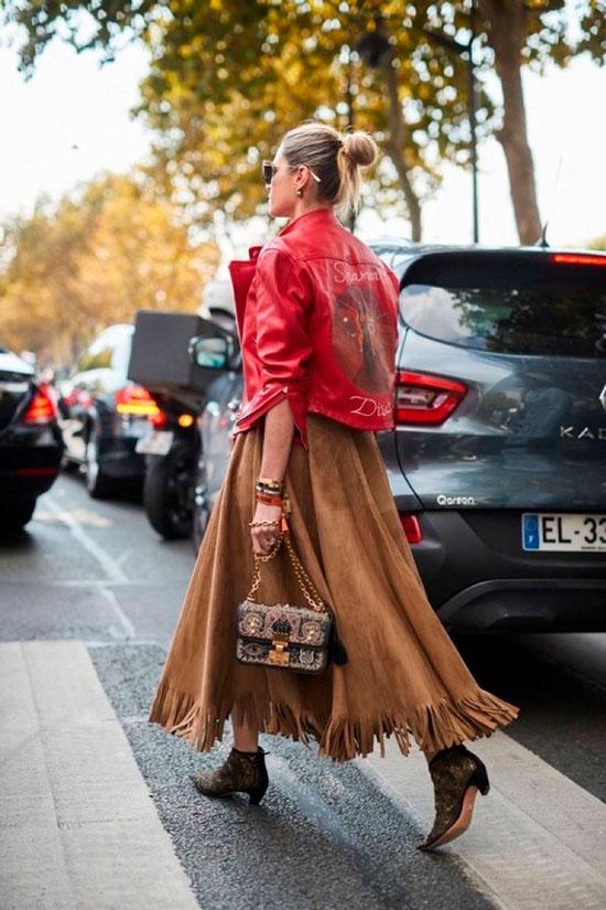 Красная кожаная куртка-косуха на осень 2020