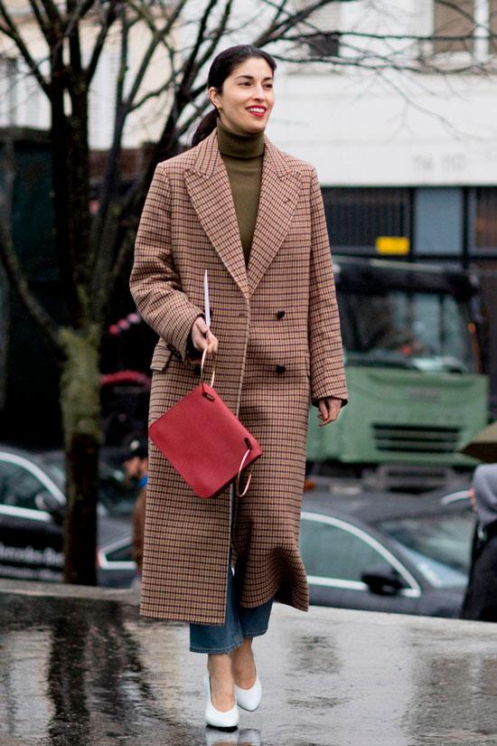 С чем носить пальто осенью 2020