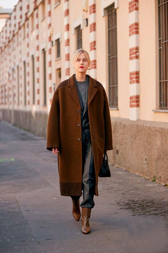 Как носить оверсайз-пальто осенью 2020