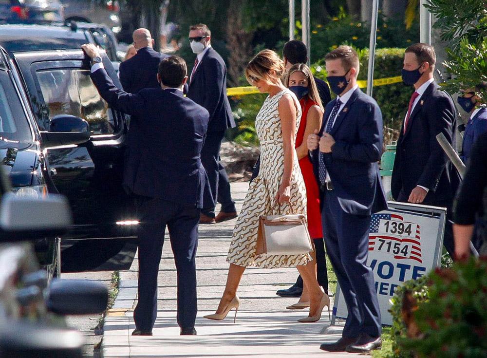 Мелания Трамп в платье гуччи, сумкой гермес и лубутенах