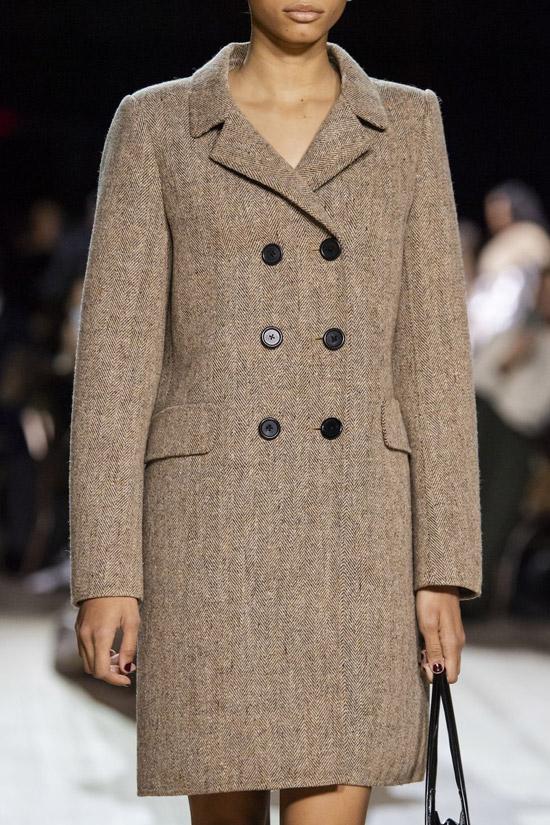 Трендовое пальто от Marc Jacobs на зиму 2021