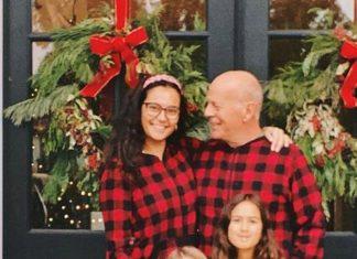 65-летний Брюс Уиллис поделился редкой фотографией на которой вся семья