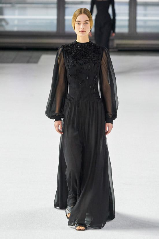 Черное платье с пышными рукавами Carolina Herrera