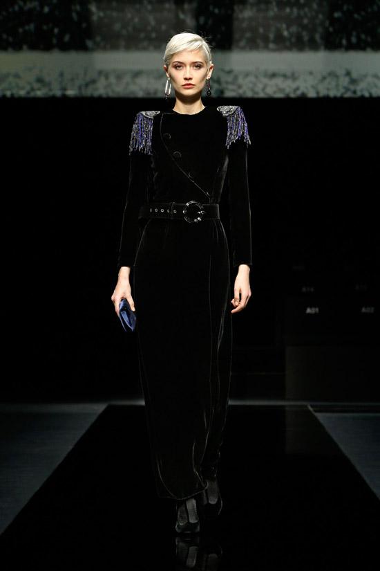 Бархатное платье Giorgio Armani
