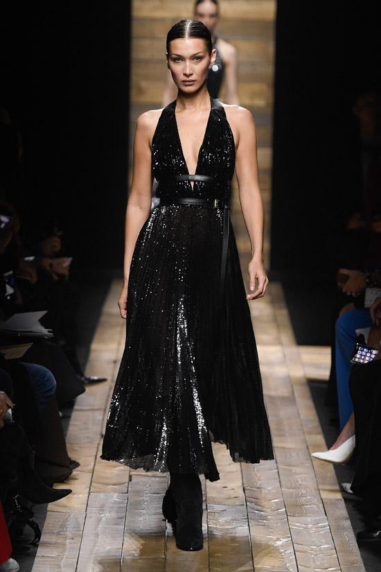 Черное платье с вырезом от Michael Kors Collection