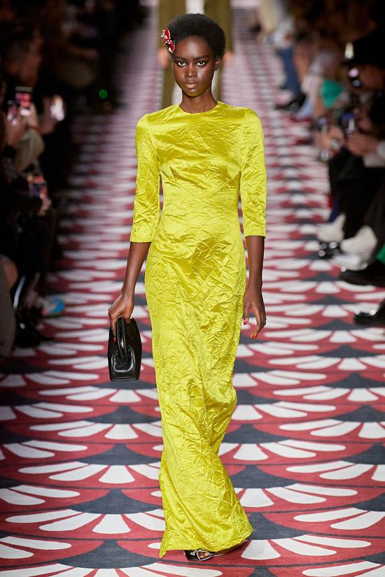Желтое длинное платье Miu Miu