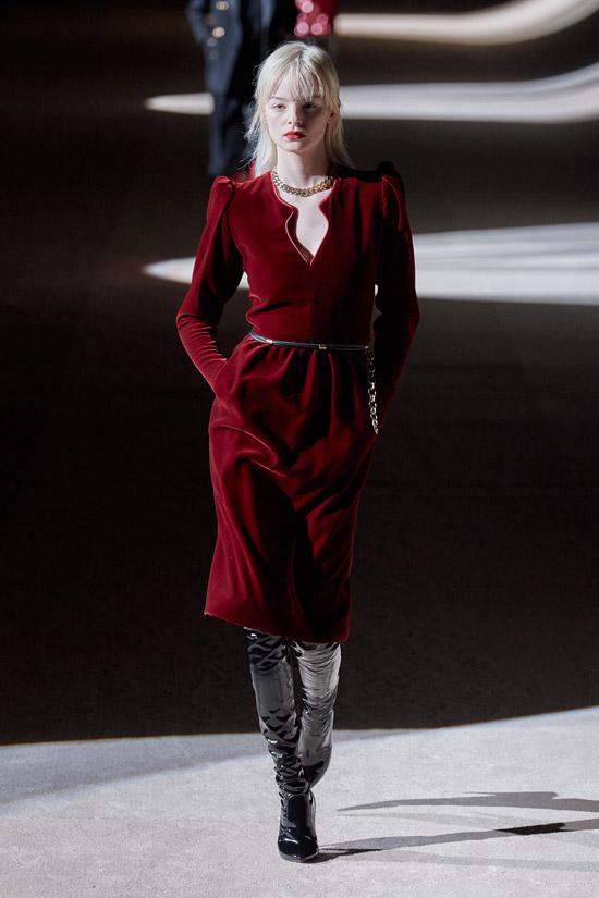 Бордовое платье Saint Laurent