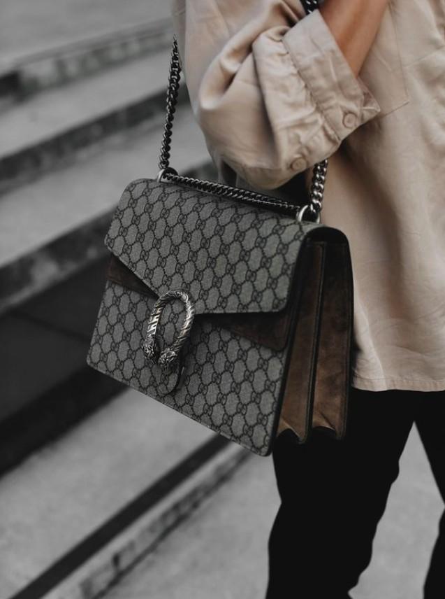 Жесткая сумка с принтом