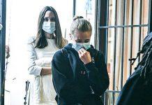 Анджелина Джоли в кремовом платье, шлепанцах и с дорогущей сумкой посещает магазин