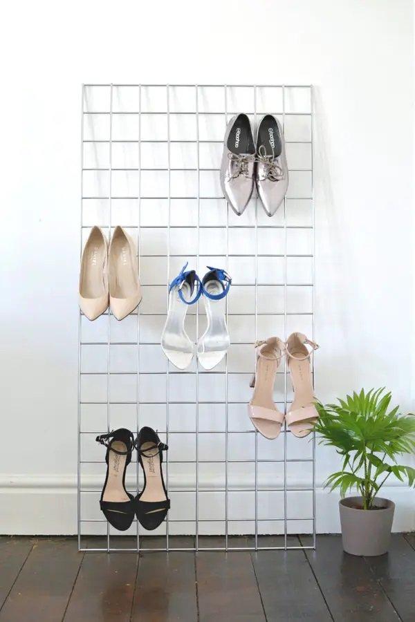 Минималистичная полка для обуви