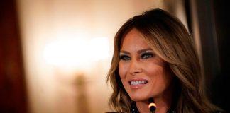 Она потрясающая женщина - так отзывается стилист о бывшей первой леди Мелании Трамп