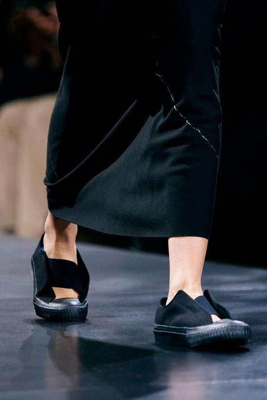 Черные балетки с резиновой подошвой от Yamamoto