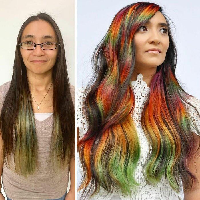 Девушка с разноцветными длинными волосами