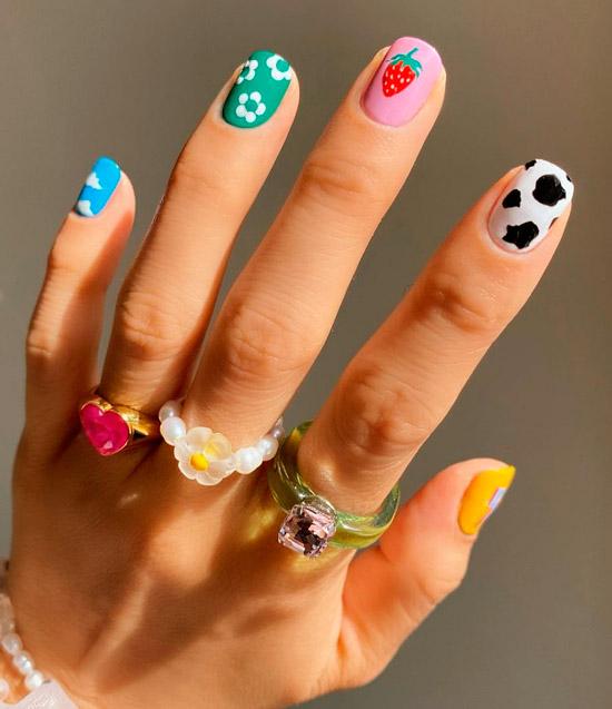 Необычный маникюр с разным дизайном на каждом ногте
