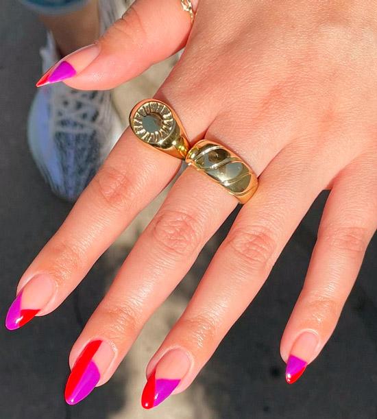 красно-фиолетовый маникюр на длинных ногтях