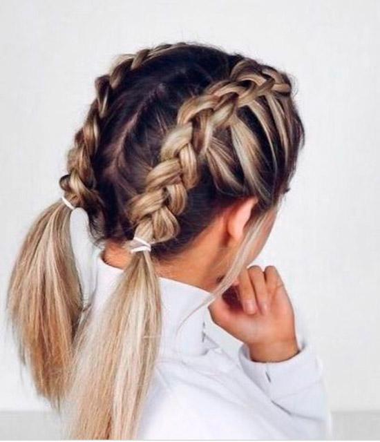 Девушка с французской косой на светлых волосах средней длины