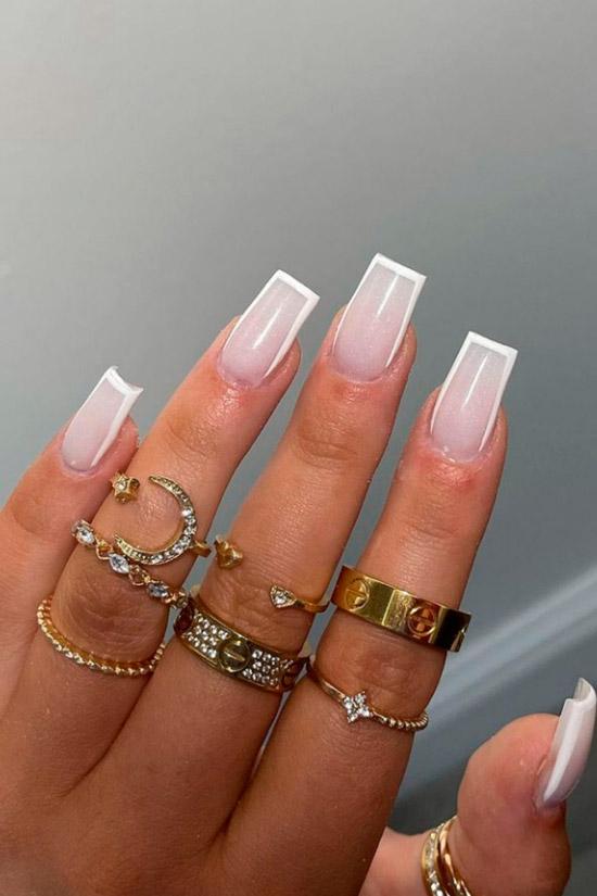 Белый маникюр на квадратных ногтях средней длины