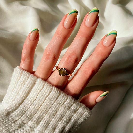 Зеленый френч в ретро стиле