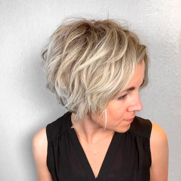 Текстурированный короткий блонд