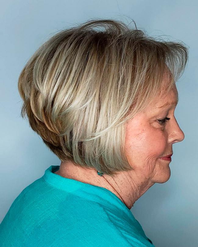 Короткий рваный боб для пожилых женщин