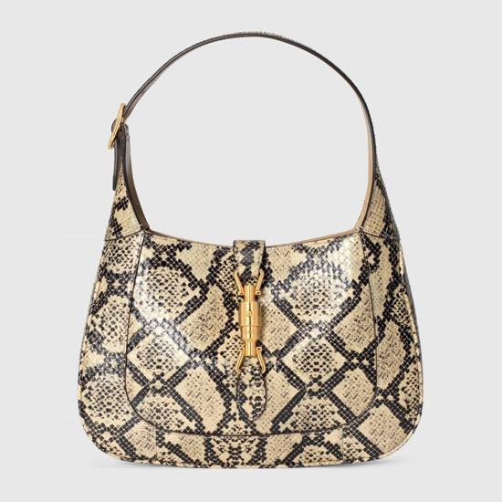 Модная сумка со змеиным принтом от Gucci