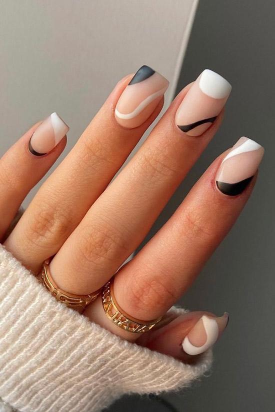 Черно белый матовый маникюр на квадратных ногтях