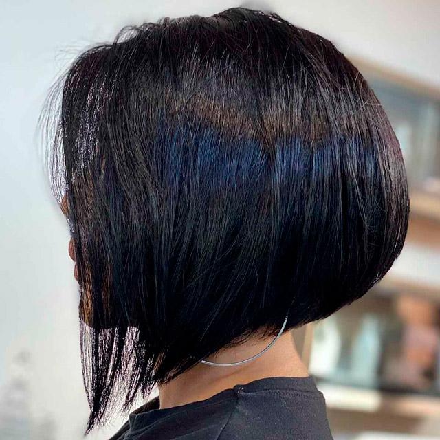 Короткая прическа с густыми волосами