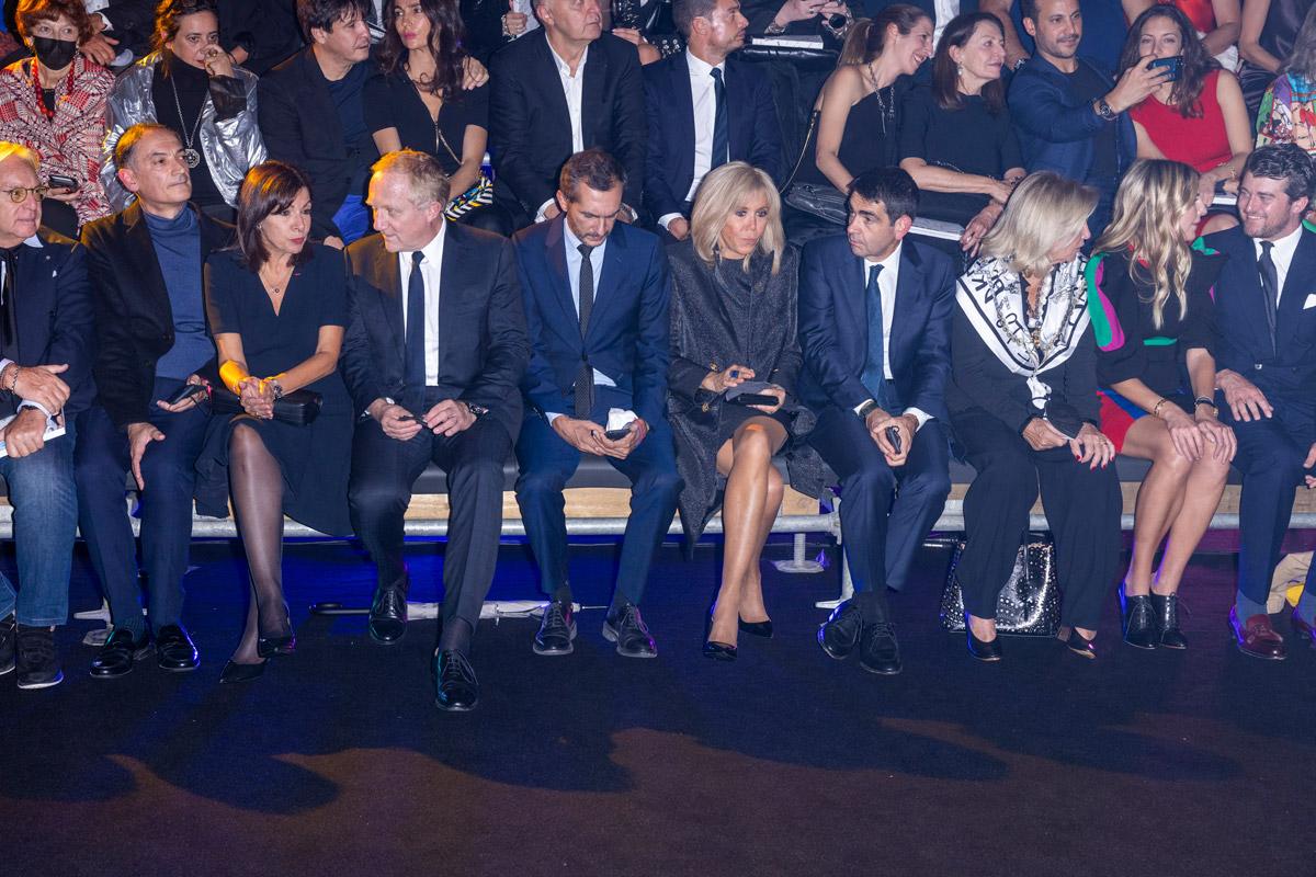 Брижит Макрон на финальном показе Недели мод в Париже