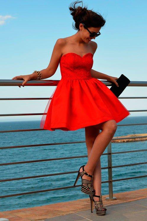 фото девушек в коротком платье