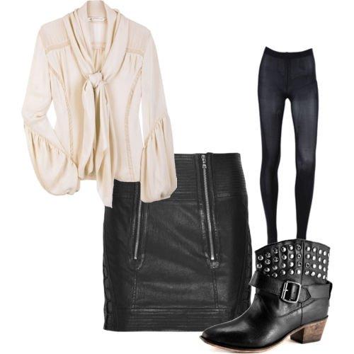 Белая свободная рубашка, черная кожаная юбка, ботильоны с шипами