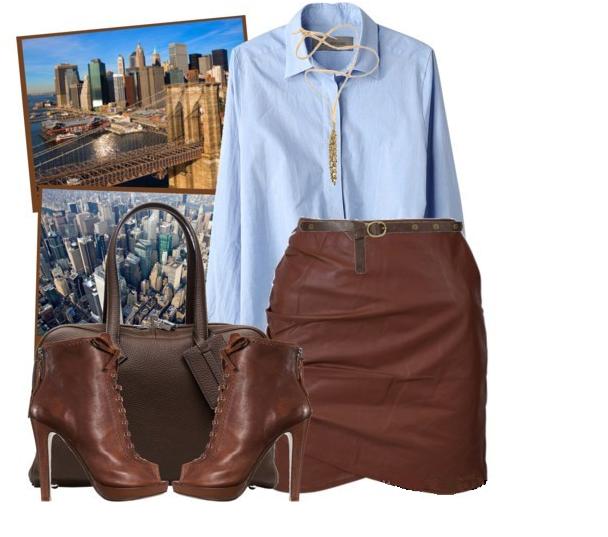 Коричневая кожаная юбка, голубая рубашка, кожаные ботильоны