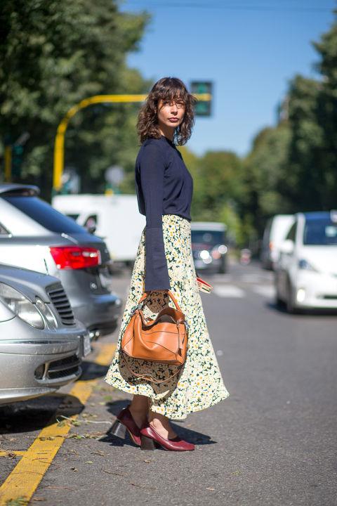 Celine тоже вдохновились луговыми мотивами, летними цветами и создали эту юбку
