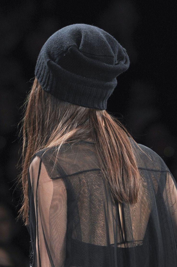 Модель вязанной кепки